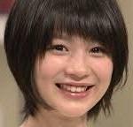 紅白「あまちゃん」で活躍した小泉今日子さん、薬師丸ひろ子さん出場か?韓国出場者今年も見送りか?まもなく紅白出場者発表!