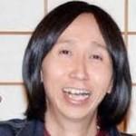 アンガールズ山根良顕さん、英語教師の女性と交際発覚後11月22日(いい夫婦の日)に結婚届提出。相手はロッチの中岡が紹介。