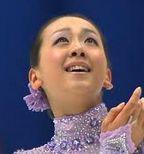 明日12月9日はお母さんの命日。前日に浅田真央さん2013フィギュアスケートのグランプリファイナル 2連覇。実は同日にクロアチアフィギュア国際大会で キムヨナさん1位安藤美姫さん2位。