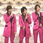 """2013年NHK紅白歌合戦視聴率発表。「半沢直樹」を抜き第2部44.5%を記録。歌手別で視聴率が取れる""""嵐"""",""""SMAP""""、""""EXLIE""""、""""AKB48""""を第2部に設定したことが視聴率向上へ。 2009年、2010年、2011年、2012年、2013年過去5年の視聴率比較。"""