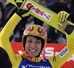 2014年ワールドカップでオリンピック男子代表葛西紀明選手が第13戦で優勝。第14戦で3位。世界ランキング上位に。ジャンプ女子高梨沙羅選手は圧倒的な強さ