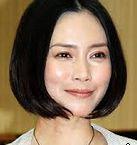 村上里佳子さんと結婚していた渡部篤郎さんを略奪した中谷美紀さん。近々結婚もありうる?しかし渡部篤郎さんがドラマや映画の共演者の女優と噂になることが多く大丈夫?
