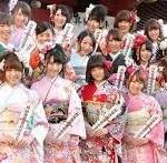 2014年成人式髪型を整えスーツや袴でお祝い。一方大阪では橋本市長が激を。阿蘇市長の今年の歌はファンキーモンキーベイビーズの「ちっぽけな勇気」。北九州は戦国時代?沖縄は?