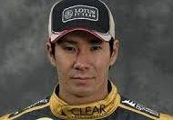 義援金とスポンサー獲得でケータハムのシートを獲得しF1復帰した小林可夢偉。開幕戦オーストラリアGPでは、スタート直後マッサとクラッシュ。現在あびる優とは。。