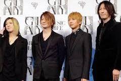 GLAYデビュー20周年でexpoを開催。百花繚乱を発表。 however、beloved、ずっと二人で、グロリアスが収録されているベストアルバム、野外ライブ動員数で日本記録を持つ。teruの歌い方は。。歌詞は。。